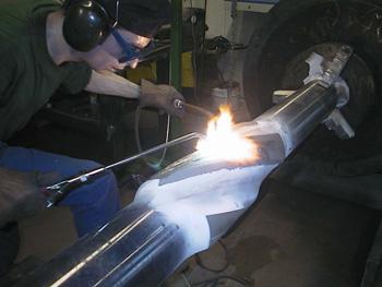 Нанесение защитного слоя карбид вольфрама на деталь